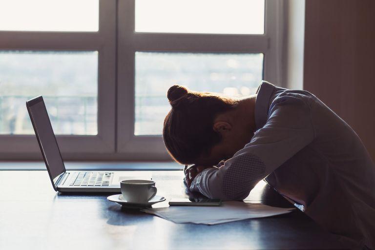 Νιώθετε ξαφνική κόπωση το απόγευμα; Τι να προσέξετε   vita.gr