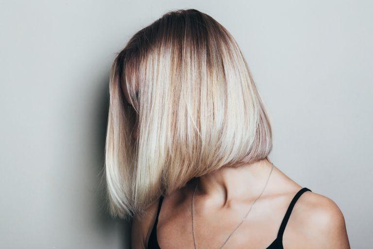 Υγιή και λαμπερά μαλλιά με αυτά τα μυστικά | vita.gr