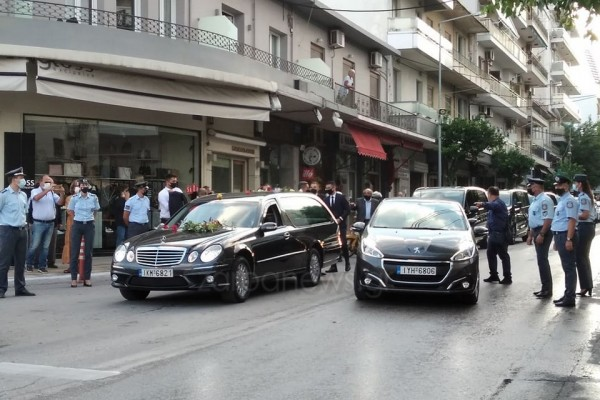 Η Κρήτη υποκλίνεται στον οικουμενικό Μίκη Θεοδωράκη   vita.gr