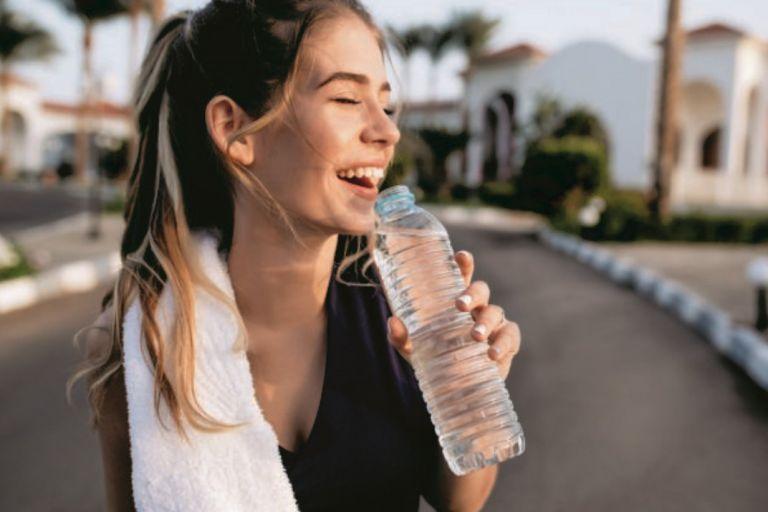 Νερό – Ξεκαθαρίζουμε μύθους και αλήθειες | vita.gr