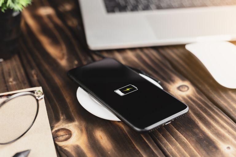 Με αυτά τα κόλπα θα κρατάει περισσότερο η μπαταρία του κινητού   vita.gr