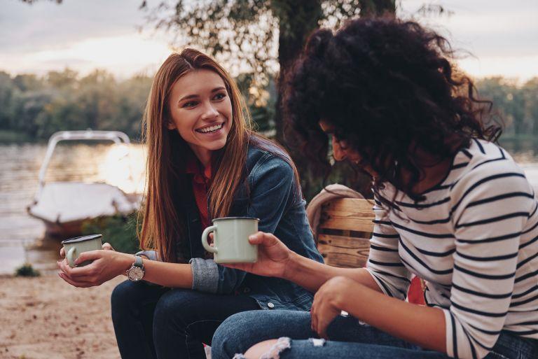 Μαθαίνουμε να ακούμε ουσιαστικά τους άλλους | vita.gr