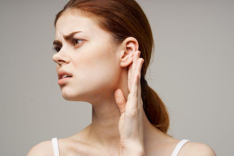Πόνος στο αυτί; Σύμπτωμα της μετάλλαξης Δέλτα   vita.gr