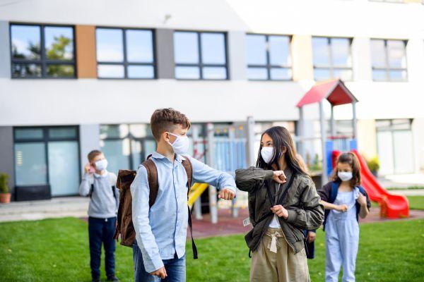 Πώς θα περιοριστεί η διασπορά του κορωνοϊού στα σχολεία -Τι δείχνει αμερικανική έρευνα   vita.gr