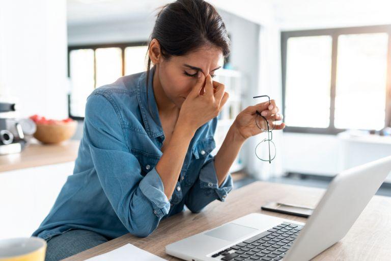 5 πράγματα που πρέπει να αποφεύγετε όταν είστε αγχωμένοι   vita.gr