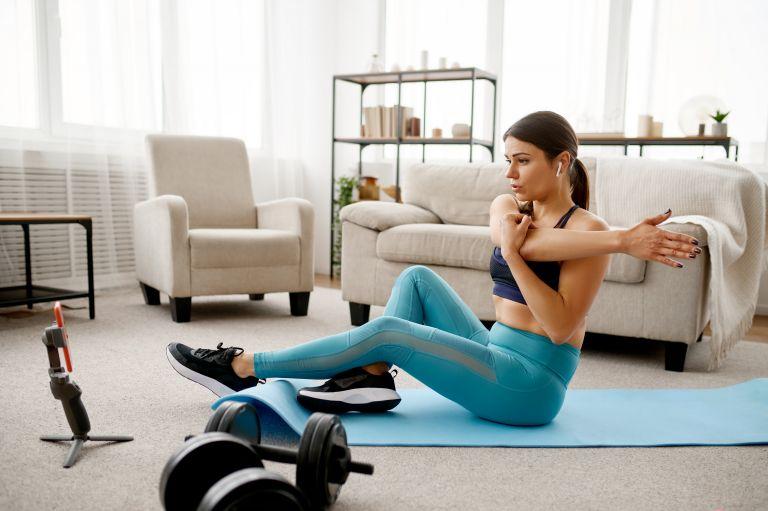 Stretching – Οι καλύτερες ασκήσεις για μυϊκή τόνωση | vita.gr