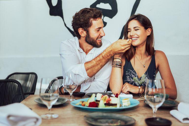 Μήπως ο σύντροφός σας είναι πιεστικός; | vita.gr