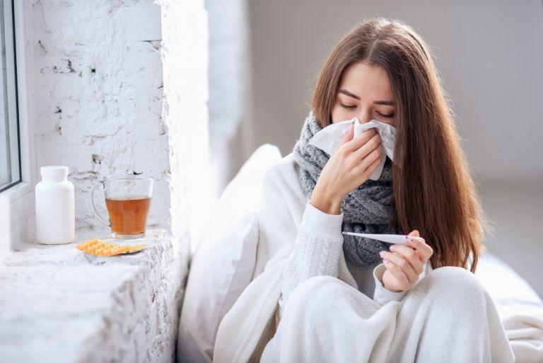Ποιες λοιμώξεις απειλούν την υγεία μας το φθινόπωρο | vita.gr