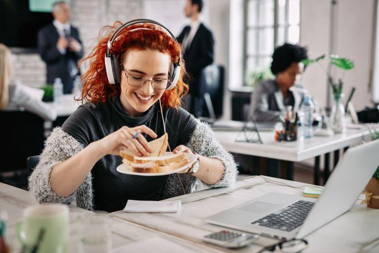 Σνακ στην δουλειά; 3+1 απολαυστικές και υγιεινές προτάσεις   vita.gr
