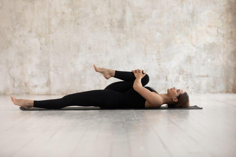 Stretching – Εικοσάλεπτη ρουτίνα για χαλάρωση και ευλυγισία | vita.gr